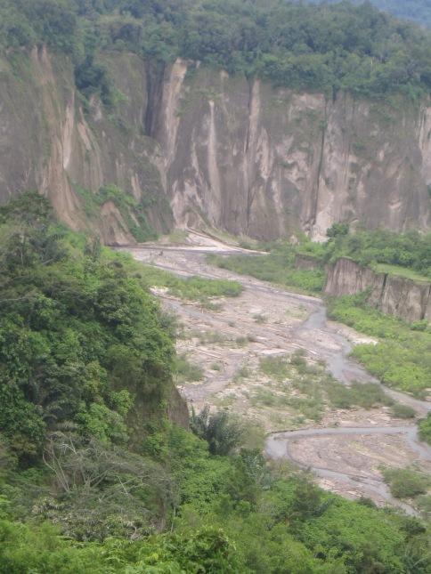 Pemandangan Ngarai Sianok ... Subhanallah :)